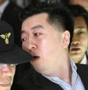'BBK 주가조작' 김경준 만기출소…강제추방 가능성(종합)