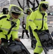 의무경찰도 주5일 근무제 .. 휴대폰 사용까지