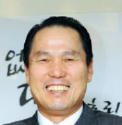 [글로벌 나눔 바이러스 2010] 연극공연 활성화 지원 황성호 우리투자증권 사장