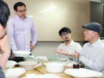 길거리 댄서, 연매출 350억 요식업 대부 되다(인터뷰①…