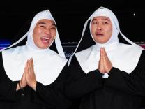다섯 남자 수녀들의 이야기 뮤지컬 '넌센스 A-Men'