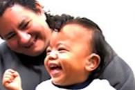 청각장애아, 치료후 난생 처음 엄마 목소리 듣더니…