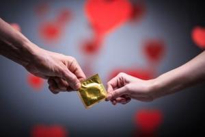 성경험 첫 평균 연령이 13세...성관계 경험률은 5.3%