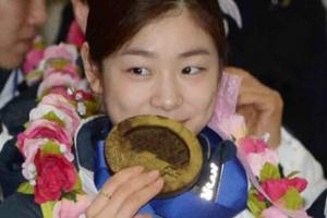 """주목받는 캐나다인의 청원 """"김연아에 금메달 돌려줘라"""" 왜?"""