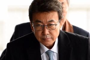 """정윤회 """"박지원 처벌 원하지 않는다"""" 의견 법원에 제출"""