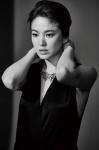 송혜교, 블랙의 아름다움 …