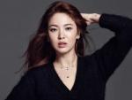 송혜교, 블랙 티아라와 진…