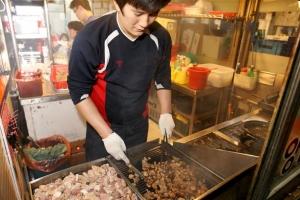 [서울 핫 플레이스] 세계를 사로잡은 서민의 맛