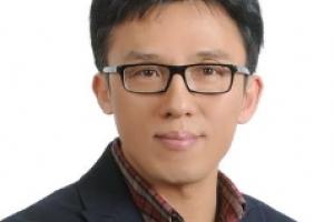 [서울광장] '문제는 조현병이야, 쟤가 그랬어!'/임창용 논설위원