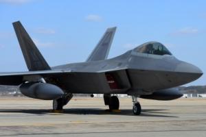 한미, 다음달 연합훈련에 미국 전략자산 전개…스텔스 전투기, 핵항공모함 등