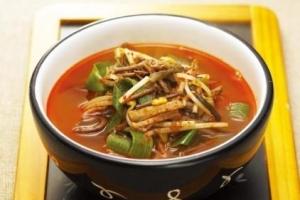 [김경운 기자의 맛있는 스토리텔링] 돼지국밥과 육개장
