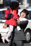 """[총선 D-11] 아이와 시민과… """"한 표 부탁합니다"""""""