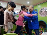 [서울포토] 어린이집을 찾은 김종인 더불어민주당 비대위 대표