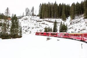 해외여행 | [기차를 타면 스위스가 보인다] 아로사 라인-힐링캠프 아로사로 향하는 시…