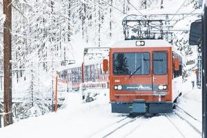 해외여행 | [기차를 타면 스위스가 보인다] 고르너그라트 산악열차-열차 타고 해발 3,…
