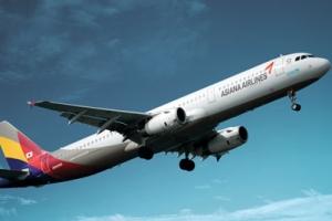 '비행중 조종실서 말다툼' 아시아나 기장 해고 '철퇴'