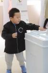 [서울포토]나는 언제 투표할 수 있지?