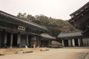 [서동철 기자의 문화유산 이야기] 고려 멸망시킨 조선, 왕건 사당 지은 이유는