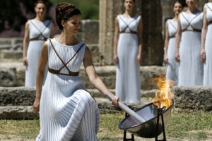 평창 동계올림픽 성화 그리스 올림피아 헤라 신전에서 시작