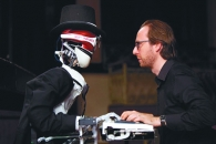 '인간 vs 로봇' 피아노 대결, 승자는?