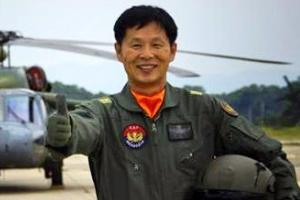 '8450시간 무사고' 헬기 조종의 전설 은퇴
