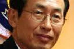 [열린세상] 세계는 부패와 전쟁 중/조환복 영남대 새마을대학원 초빙교수