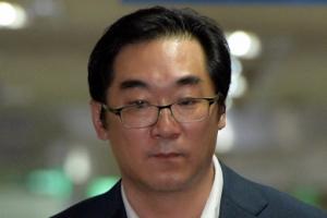 '민중은 개·돼지' 나향욱, 경향신문 상대 민사소송 패소