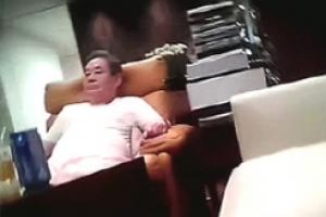 '이건희 동영상' 협박범 형제, 법정서 엇갈린 입장