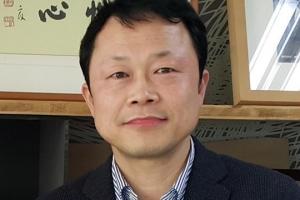 [데스크 시각] '소득주도 성장'과 '창조경제'/김태균 경제정책부장