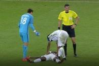 """(영상) 해도 해도 너무한 온두라스 침대축구…""""스치기…"""