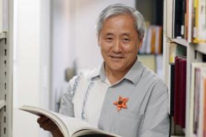 [한길 큰길 그가 말하다] <25> 미술자료전문가 김달진 관장