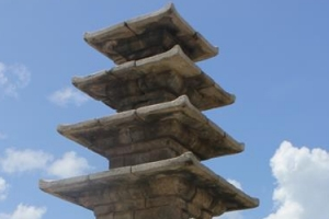 [서동철 기자의 문화유산 이야기] 백제 미륵사터 석탑, 신라 선화공주 덕에 살아남았다…