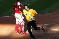 (영상) 강정호, 시즌 20홈런 폭발