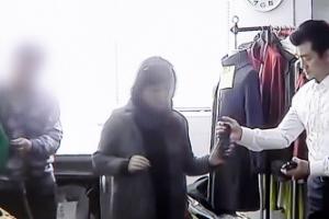 """""""최순실이 대납한 朴대통령 옷값, 취임 이후만 3억원 이상"""""""
