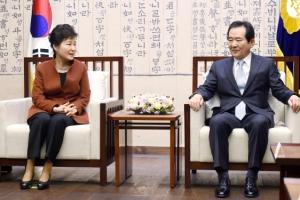 """[최순실 국정농단 파문] """"朴대통령 2선후퇴 외엔 다 양보… 권력 안놓겠다는 의지"""" …"""