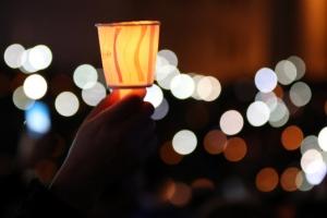 [5차 촛불집회] 전국 200만 촛불 집결…청와대 200m 앞까지 에워싸는 행진도