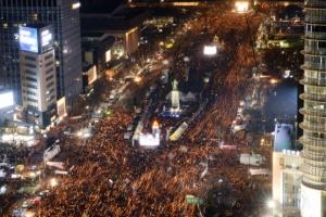 전국서 212만명이 박근혜 퇴진 외쳐…경찰 추산도 최대치 기록