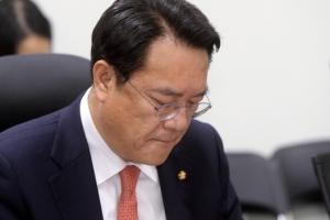 """朴대통령 탄핵안 가결···정진석 """"엄중한 국민요구에 국회가 응답"""""""