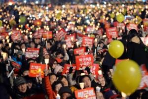 """軍 """"촛불집회 무력진압 논의 의혹 뒷받침할 자료·진술 없어"""""""