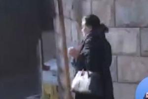 '청력 나쁘다'는 우병우 장모 김장자씨…기자 질문엔 쏘아붙여
