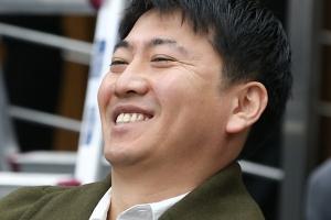 노승일 전 K스포츠재단 부장, 이완영 의원 의사진행발언에 '실소'