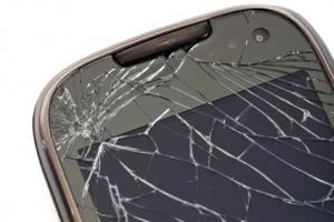 [장은석 기자의 호갱 탈출] 스마트폰 1년 내 같은 수리 2번 후 또 고장 나면 환불받으…