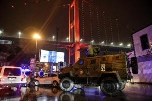 새해 첫날 터키 나이트클럽 총격 테러…최소 2명 사망·20여명 부상
