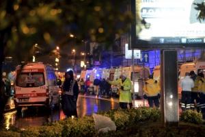 [포토] 터키 이스탄불 클럽에 산타복장 괴한 총격난사…35명 사망