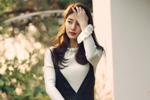 [포토] 수지, 여전한 '여신 미모'…따사로운 봄 화보 공개