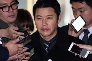 """특검, 朴대통령 제부 신동욱 조사…""""육영재단 재산형성 한정"""""""