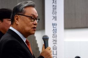 인명진 새누리 비대위원장 친박핵심 이정현·정갑윤 탈당계 반려한 까닭은