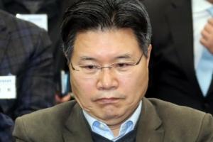 """친박 홍문종 의원 """"인명진, 이제 끝내라…제 목을 내드리겠다"""""""