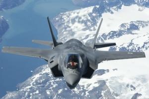 """F-35 스텔스 전투기 3년 내 최신 전술핵폭탄 장착 가능"""