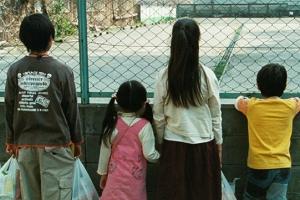 영화 '아무도 모른다', 재개봉 흥행 이어갈까?
